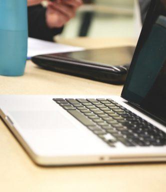 #wielkasciepa z laptopem w tle